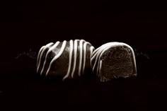 Fotografii produs - ciocolata Work Meals, Food Photography, Chocolate, Photos, Fotografia, Pictures, Chocolates, Brown