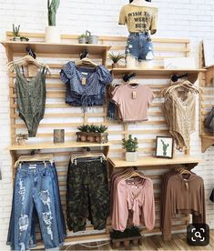 Which is your fave? By: ootdfash Boutique Chic, Design Boutique, Boutique Decor, Boutique Stores, Boutique Ideas, Clothing Store Displays, Clothing Store Design, Clothing Items, Clothing Boutique Interior