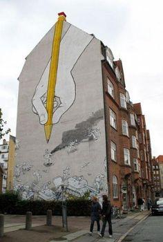 DESIGN GRAPHIQUE Blu - Urban Art graffeur et vidéaste italien né à Bologne (Italie) célèbre pour sa vidéo Muto. Il expose à la galerie Jonathan Levine à New York => intégrer l'espace ,s'étendre