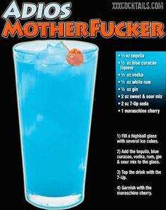 Mixed Drinks Alcohol, Alcohol Drink Recipes, Fireball Recipes, Blue Drinks, Summer Drinks, Winter Drinks, Party Drinks, Cocktail Drinks, Beach Cocktails