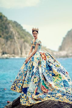 Go colorful! This gorgeous Dolce & Gabbana dress paired with a stunning crown has us swooning.