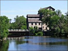 What to see and do in historic Cedarburg, Wisconsin