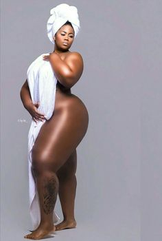 Real PLUSize and Luscious BBW's. Big and beautiful is not a trend Black Azz, Big Black, Black Gold, Hips And Curves, Big Legs, Modelos Plus Size, Ebony Girls, Thick Thighs, Big And Beautiful
