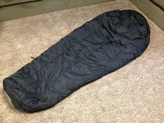 Sleeping Bag US Military Issue Intermediate Cold/ Camp/Hike Boy Scouts EXCELLENT
