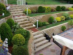 Building Retaining Walls #landscapinglife