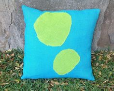 Throw Pillows Uncovered : Ready to show your patio a little more love? Want to introduce some color without getting too ...