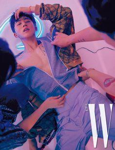 Hanbin @ W Korea Magazine Kim Hanbin Ikon, Ikon Kpop, Chanwoo Ikon, Yg Ikon, K Pop, Yg Entertainment, Asian Boys, Asian Men, Korean Men