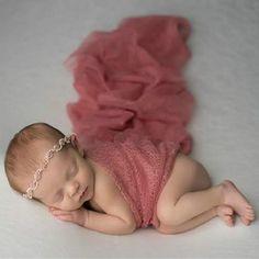 Ideas for baby photography diy newborn shoot Newborn Bebe, Foto Newborn, Newborn Baby Photos, Baby Poses, Newborn Shoot, Newborn Baby Photography, Newborn Pictures, Baby Girl Newborn, Newborn Photo Props