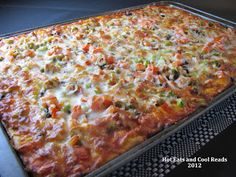 Hot Eats and Cool Reads: Homemade Pan Pizza Crust Recipe