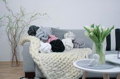 Knot Pillow Trend - DIY Knot Pillow on Pinterest