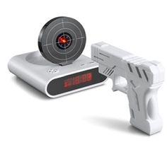 Sabahları uyanmakta zorlanan ve çalan alarmdan nefret edenler için :) Tabanca Alarmlı Saat 59,90 TL