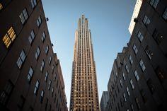 New York-girl's trip? 40th Birthday, Birthday Celebration, New York Girls, Rockefeller Center, Where To Go, Adventure Travel, New York City, Skyscraper, Future