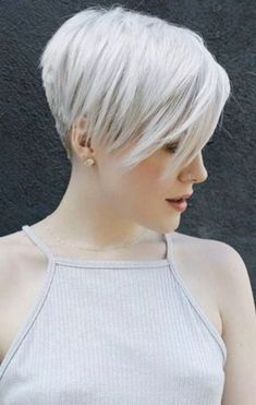 Best Pixie and Bob Short Hairstyles for Women You Must Look - Page 12 of 27 - frisuren frauen frisuren männer hair hair styles hair women Curly Hair Styles, Short Hairstyles For Thick Hair, Short Grey Hair, Short Pixie Haircuts, Short Hair Cuts For Women, Short Hairstyles For Women, Trendy Haircuts, Medium Hairstyles, Teen Hairstyles