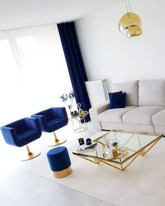 37 Popular Living Room Decor Ideas 2019 Trends - An effective decoration of a room largely depends on its size and shape and mainly the purpose for which it is going to be used. Source by trendehouse decor ideas living room blue Glam Living Room, Interior Design Living Room, Home And Living, Living Room Designs, Blue And Gold Living Room, Clean Living, Modern Living, Living Room Ideas 2019, Design Interiors