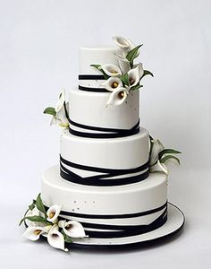 ron ben-israel calla lily minimalist wedding cake/ I would remove the flowers and add braille Pretty Cakes, Beautiful Cakes, Amazing Cakes, Black And White Wedding Cake, White Wedding Cakes, Calla Lily Cake, Calla Lilies, Decors Pate A Sucre, Ron Ben Israel
