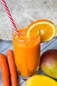 How to make homemade fruit juice? By My General Store How to make homemade fruit juice? By My General Store Fresh Juice Recipes, Juice Cleanse Recipes, Detox Juice Cleanse, Healthy Juice Recipes, Healthy Juices, Detox Recipes, Raw Food Recipes, Smoothie Recipes, Detox Juices