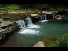 Looking for a girls getaway or a family vacation, why not check out Beavers Bend State Park in Oklahoma. I know, for many of you Oklahoma isn't the first state that comes to mind when you think v Beavers Bend Oklahoma, Beavers Bend State Park, State Parks, Broken Bow Oklahoma, Broken Bow Lake, Massage Spa, Beaver Bend, Girls Getaway, Nature