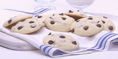 These cookies will fool you - they look like a regular chocolate chip cookie, but feature white chocolate chips too! Double Chocolate Chip Cookie Recipe, Chocolate Chip Cookies Ingredients, White Chocolate Chip Cookies, Cookie Recipes, Dessert Recipes, Desserts, Melting White Chocolate, Food Network Canada, No Sugar Foods