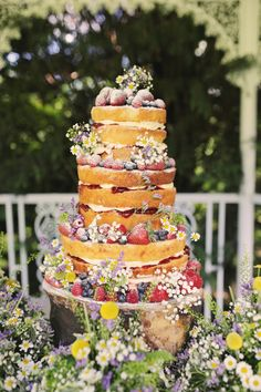 We have 7 cakes all together all different flavours with different toppers. The whole cake table was incredible, one large 3 tier naked cake covered in summer fruits and daisies and 6 smaller cakes all different! It was amazing!