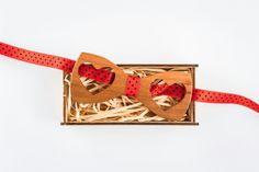 #woodenbowtie #bowtie #handmade #woodybowtie #heart #love