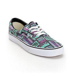 """Part of the Vans Classics family, this style features a tropical """"Van Doren"""" throwback print pulled from the Vans vault with True White outsole, white metal eyelets and comes with white laces."""