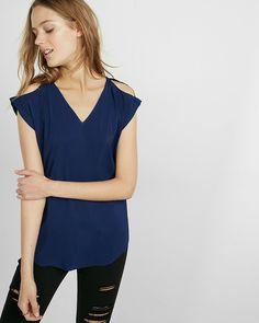 V-NECK COLD SHOULDER ROLLED SLEEVE BLOUSE #fashion #trend #style #product #onlineshop #shoptagr