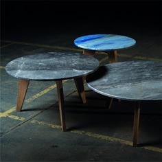 Ein Beistelltisch, der eine ganz eigene Geschichte erzählt. Gemeinsam mit unserem Partner stone4you ist diese Tischserie entstanden. Restplatten, die bei Projekten beim Steinmetz übrig bleiben bekommen so ein neues Leben. Die SIDEtable gibt es in drei Größen. Die Farben und Steinsorten variieren! Somit ist jeder Tisch ein Unikat. Steinmetz, Partner, Table, Design, Furniture, Home Decor, New Life, Natural Stones, History
