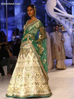 India Bridal Fashion week 2013 JJ Valaya collection show
