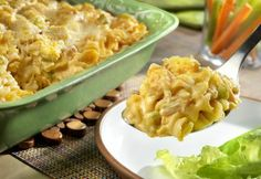 This kickin‿casserole has all the classic buffalo chicken flavor you love and is made hearty with the addition of rotini pasta and cream of chicken soup. It delivers big bold taste and is on the table in just 45 minutes!.