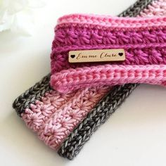 Starlight Headband (or ear warmer) - free crochet pattern by Emma Sinclair / EmmeClaire Crochet crafts head bands Starlight Headband pattern by Emma Sinclair - EmmeClaire Crochet Bandeau Crochet, Crochet Headband Free, Crochet Beanie, Knit Headband, Knit Hats, Crochet Gifts, Cute Crochet, Crochet Lace, Crochet Stitches