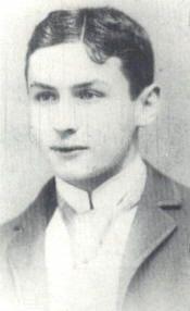 Erich Weiss in his teens. He was still a necktie cutter when this photograph was taken