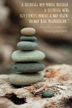Buddha's Garden Of Zen Rock And Pebbles, Rocks And Gems, Rocks And Minerals, Pebble Stone, Pebble Art, Stone Art, Zen Rock, Rock Art, Green Day