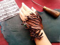 Купить Браслет из натуральной кожи Per aspera ad astra - коричневый, кожа, кожаный браслет