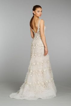 RETAIL PRICE IS $5,900 https://bridepower.com/product/lazaro-trumpet-16496/ Stunning and unique Lazaro trumpet style gown with an illusion neckline. Open back and gorgeous flower appliqué, and intricate beading and sequins throughout. Ruffle texture within and along the hem and chapel train. Appliquéd flowers and intricate ruffles lend an element of whimsy to Lazaro's 'LZ 3362' sophisticated silhouette. I purchased this at Glamour Closet in Chicago and have had a change of heart after…
