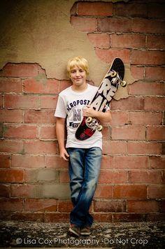 Boy pose Skateboard