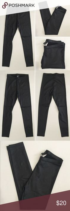 "[Forever 21] faux leather black leggings S [Forever 21] faux leather black leggings S •🆕listing •excellent pre-owned condition, only tried on, never worn •black color •medium rise, length/inseam 26.5"" •material 95% polyester 5% spandex •offers and bundles welcomed using the features• Forever 21 Pants Ankle & Cropped"