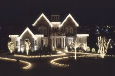 - 18 Breathtaking Outdoor Christmas Lights, Even Santa Will Steal These Ideas - #ChristmasDecor #ChristmasIdeas #ChristmasLights