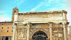 Na Janelinha para ver tudo: Todos os arcos do Fórum Romano