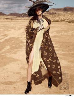 Amanda Murphy by Sean & Seng - Vogue Japan