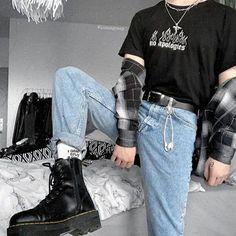 Grunge Style, Soft Grunge Outfits, Mode Grunge, Punk Outfits, Moda Indie, Alternative Outfits, Alternative Style, Alternative Fashion, Stylish Mens Outfits