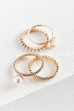 Shop Maeve Pearl Ring Set at Urban Outfitters today. Pearl Ring, Pearl Jewelry, Bridal Jewelry, Silver Jewelry, Silver Rings, Cute Jewelry, Jewelry Accessories, Fashion Accessories, Fashion Rings