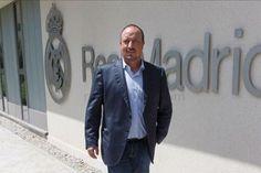 Rafael Benitez Kini Pengurus Baru Real Madrid Rafael Benitez Kini Pengurus Baru Real Madrid Rafael Benitez Kini Pengurus Baru Real Madrid. Kini sudah sah bahawa Real Madrid akan dipimpin oleh pengu...