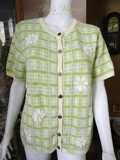 Vintage Sweater Embroidered Daisy by PegsVintageJewellery on Etsy