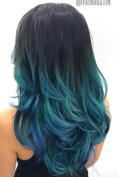 Ombre hairstyles have been a huge hit for the last couple of years. Nowadays hairstylists take it to a whole different level, creating ombre not only with natural colors like blond but also with some vibrant colors like pink, purple and blue.