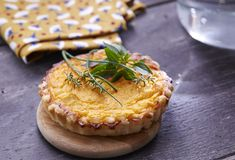 Tartelette au potiron #AuchanEtMoi #auchan Cake Flan, Quiches, Tartelette, Camembert Cheese, Dairy, Pie, Desserts, Recipes, Food