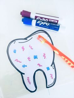 Health Kindergarten Science NGSS Fun activities for learning about dental health!Fun activities for learning about dental health! Dental Health Month, Oral Health, Health Heal, Health Care, Health Activities, Preschool Activities, Space Activities, Preschool Lessons, Science Lessons