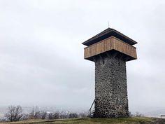 Vartovkastrážna veža postavená v druhej polovici 16. storočia. Jej úlohou bolo včas varovať pred blížiacou sa hrozbou #praveslovenske od  @rastindo