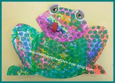 Grenouille à bulles - grenouille en 4 morceaux coloriage craie grasse puis papier bulle