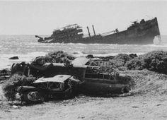 reef of Wake Island Usmc, Marines, Wake Island, Imperial Japanese Navy, Winston Churchill, Pearl Harbor, Photo Archive, Marine Corps, World War Two