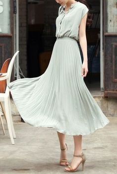 Dusty blue chiffon Pleated dress
